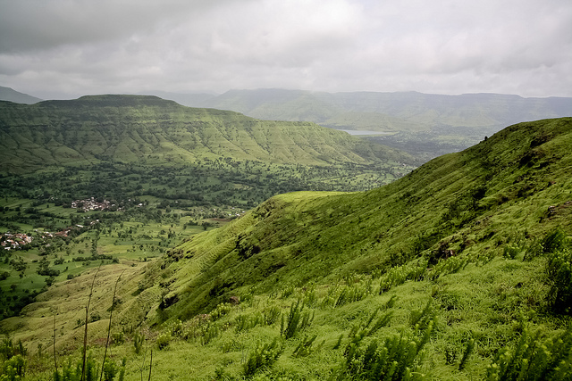 Mahabaleshwar vista point, Photo credit Nishanth Jois, CC BY SA-2.0